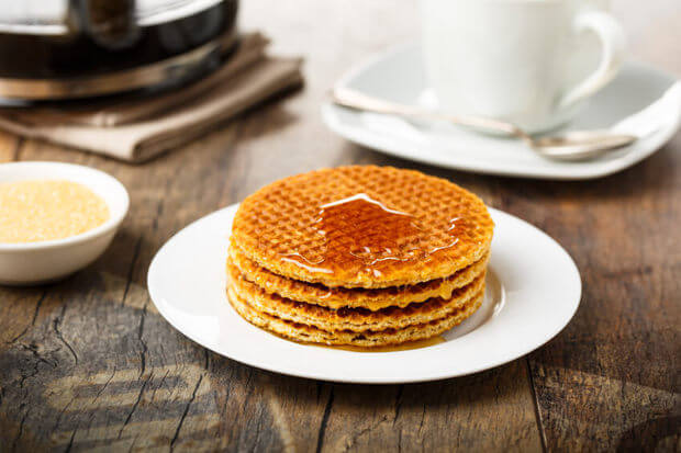 Stroopwafels with syrup